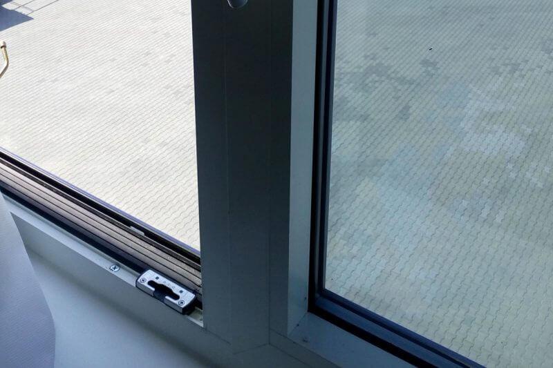 tónovací fólie na okna budov, filtr UV fólie